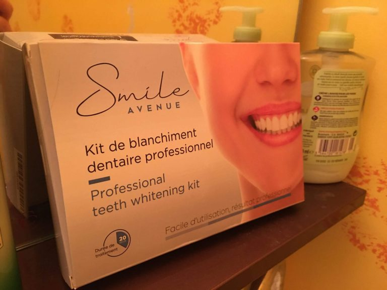 Kit de Blanchiment Dentaire Smile Avenue photo review